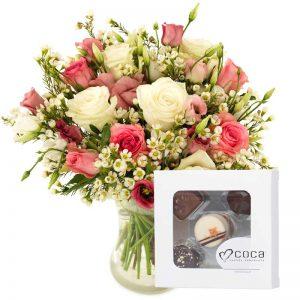 """""""Favoritt"""" blomsterbukett med sjokolade gavesett fra nettblomst.no"""