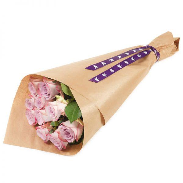 Rosebukett med klassiske rosa roser hos nettblomst.no