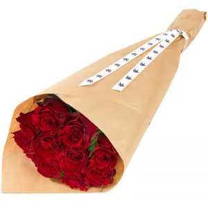 Rosebukett med klassiske røde roser hos nettblomst.no