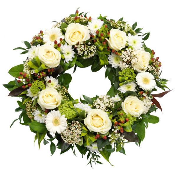 Klassisk begravelseskrans fra nettblomst.no