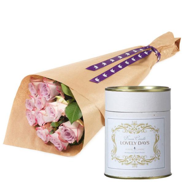 Rosa rosebukett med duftlys fra nettblomst.no